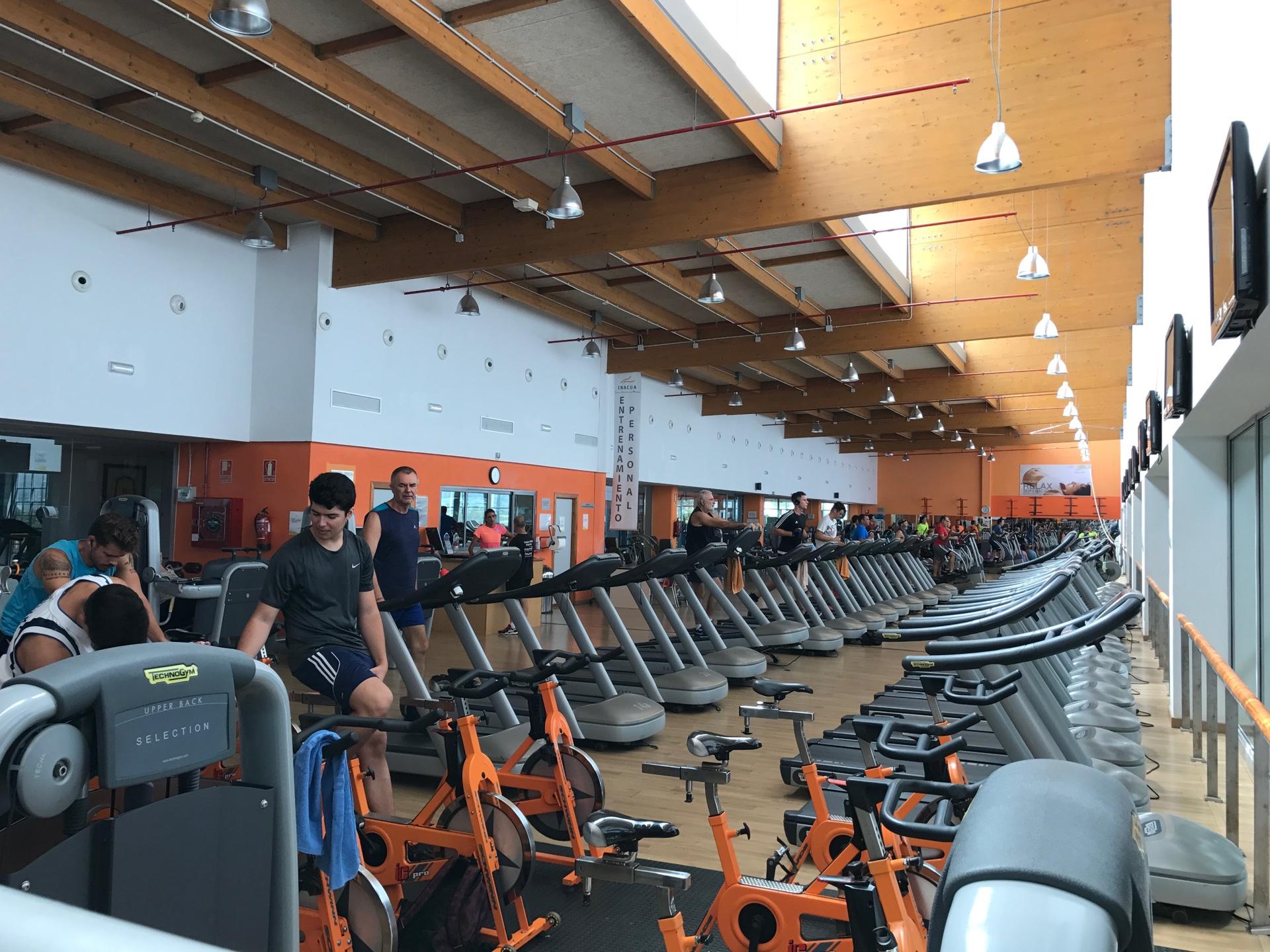 Gym Malaga pool