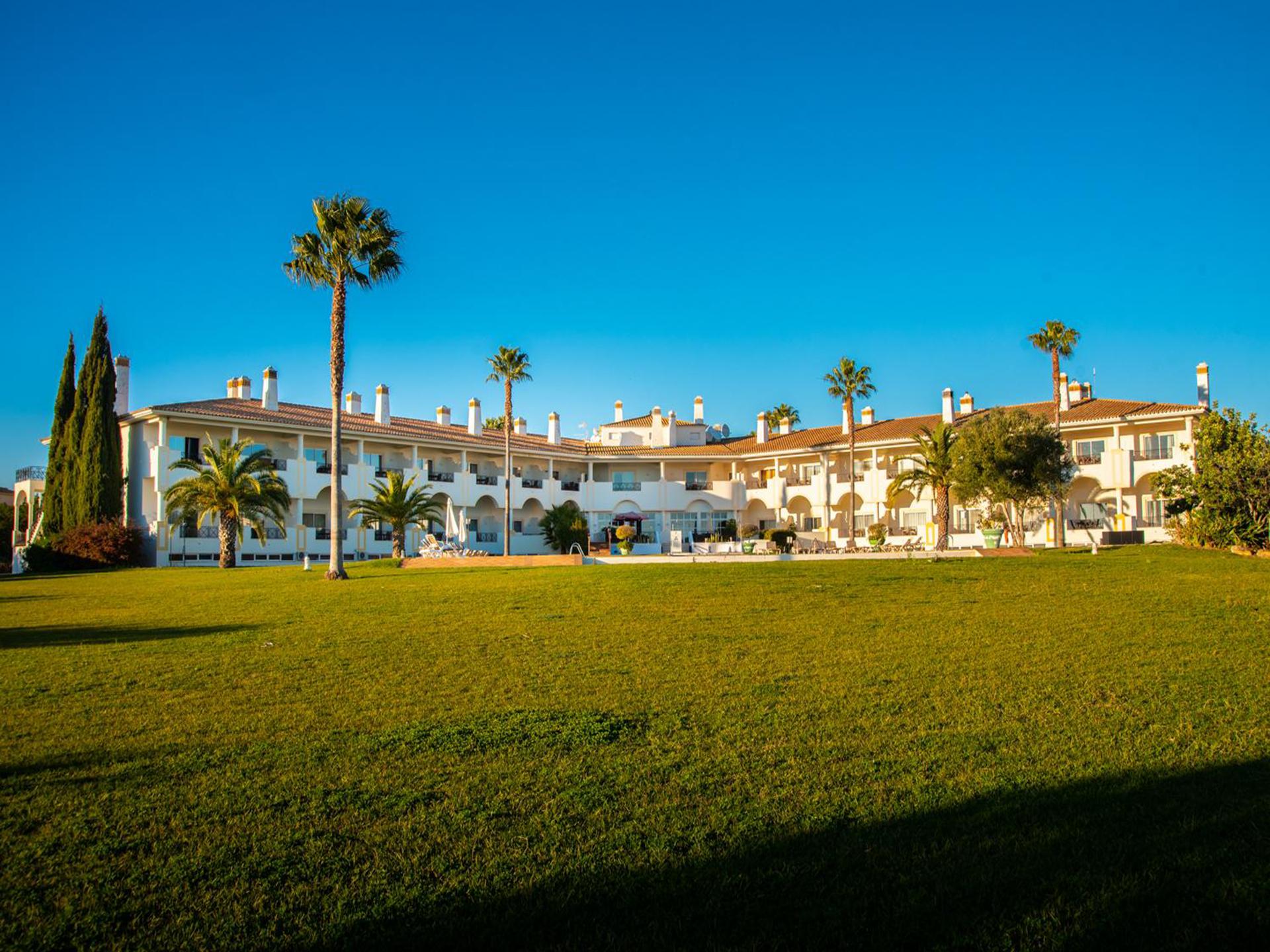 Colina Verde Golf Sports Resort